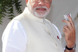 Modi y famosos de Bollywood en una fiesta india con 100.000 invitados