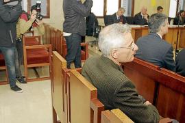 La Audiencia absuelve a Bartomeu Vicens y condena a dos abogados