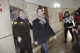 Rodrigo de Santos declara que el PP cobró 9 millones por Son Espases