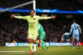 El Barcelona vuelve a dictar cátedra en Manchester