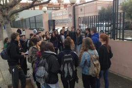 Piquetes informativos dan inicio a la huelga de estudiantes contra la reforma universitaria
