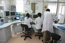 Médicos y educadores son los profesionales con más perspectivas de futuro en Balears