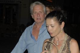 Michael Douglas y Catherine Zeta Jones ya están en la Isla