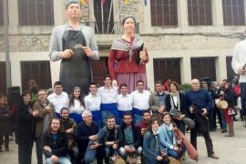 Los nuevos 'gegants' de Consell honran a los oficios tradicionales del pueblo