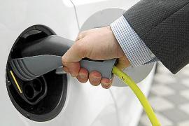 Cuatro de cada diez coches vendidos en las Islas en dos años han sido subvencionados