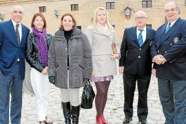 Cesión del portillo de la fragata 'Baleares' al Museo Militar de San Carlos