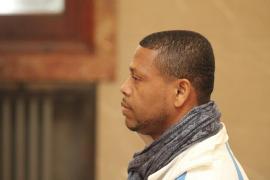 Condenado a 15 años el hombre que asesinó a un amigo por celos en Maó