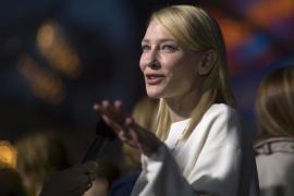 La actriz australiana Cate Blanchett adopta a una niña, su cuarto hijo
