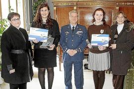 Entrega de premios del concurso de redacción 'Carta a un militar español'