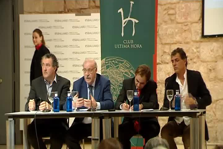 Vicente del Bosque, en el Club Ultima Hora