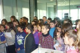 Alumnes de 5è de primària del CEIP Son Oliva de Palma vistaren el Grup Serra i Endesa
