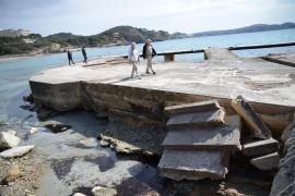 Preocupación en Peguera por el mal estado del embarcadero de Torà