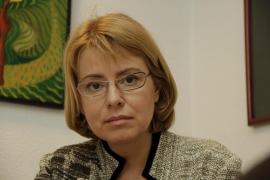 Natalia Vinogradova vincula la prisión de su marido a un complot para comprar su hotel