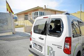 Roban en tres furgonetas aparcadas frente a la Guardia Civil de Andratx
