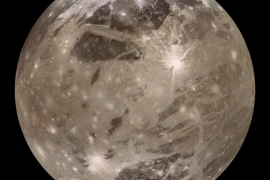 Descubren un océano subterráneo de agua salada en la luna Ganímedes