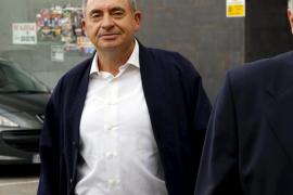 Exigen 100.000 euros al expárroco de Can Picafort imputado por violar a una menor