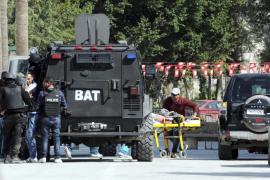 Exteriores busca a dos turistas españoles desaparecidos tras el ataque en Túnez