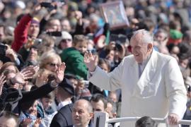 El Papa comerá con 10 transexuales en la cárcel de Nápoles