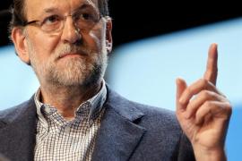 Rajoy: «Hay que impedir que los adanes devuelvan a España a hace cuatro años»