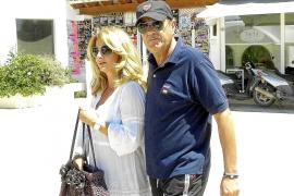 Julián Muñoz descansa en Eivissa