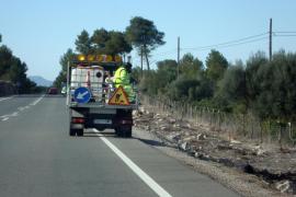 El GOB exige que se dejen  de fumigar carreteras y caminos