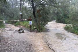 Cerrados por inundación dos caminos de acceso a los refugios de Tossals Verds y el Pont Romà