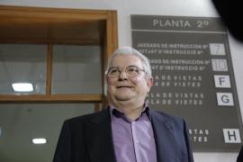 Pons dice que Bauzá demoró los concursos hasta que se resolvió su compatibilidad
