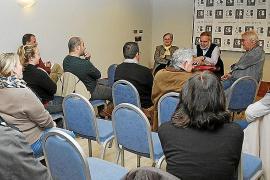 Ciudadanos afronta su primera campaña con una estructura mínima