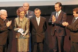 Entrega del Premio Popular de Honor a la reina Sofía