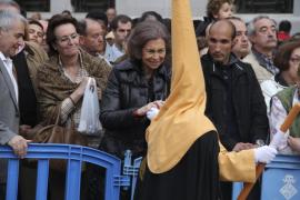 La reina Sofía sigue el Sant Enterrament en Palma