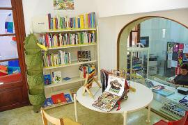 Una trabajadora de Alcúdia que denunció acoso en la biblioteca cobra dos veces el finiquito