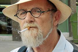 Antoni Serra se despide de la «creación literaria» con un libro de narraciones breves