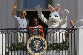 Los Obama invitan a miles de niños a buscar huevos de Pascua en la Casa Blanca