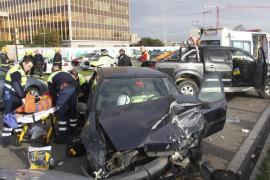 Cuatro heridos, dos de ellos en estado grave, en un espectacular accidente en el Passeig Marítim de Palma