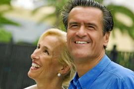 La esposa de López Aguilar: «Es un pobre atormentado y me causa mucha compasión»