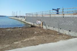 Los vecinos denuncian obras ilegales en el Club Náutico de Cala Gamba