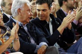 González, quien da «todo» su apoyo a Sánchez, encarga al PSOE una política de reforma seria