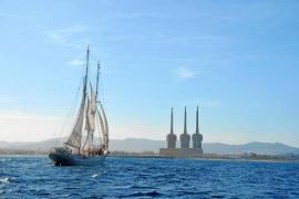 Un velero contra el petróleo