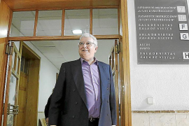 El juez debe decidir si cita a  testigos del querellante del 'caso Farmacias'