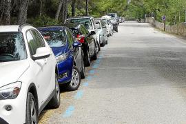 El acceso a ses Covetes se restringirá si no se solventa el problema del aparcamiento