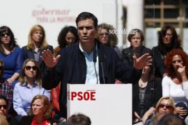 Sánchez exige a Rajoy que publique la lista de defraudadores antes del 24 M