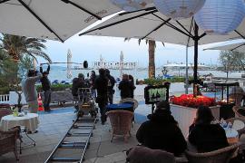 El director Pascal Chaumeil concluye el rodaje en Mallorca de 'Un petit boulot'