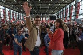 El PSOE «repatriará» a 10.000 jóvenes científicos en cuatro años