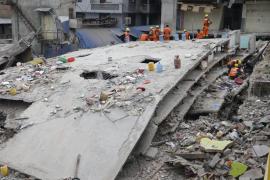 Nepal sigue contando muertos con más seísmos y dificultades en los rescates