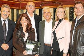 Josep Valls presenta su libro 'Xavier Carbonell, viatge i pintura'
