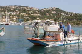 Comienza la campaña de limpieza de las aguas de baño de Balears