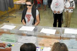 El PP propone listas abiertas para elegir a la mitad de los diputados