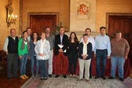 Los grupos del Consell firman el Pacto para la Inclusión Social