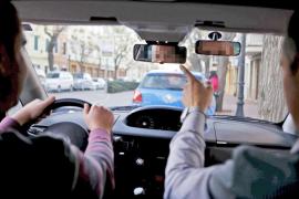 Imputada por intentar sobornar a su examinador de tráfico en Palma