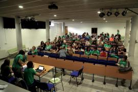 Los docentes irán a la huelga el 19 de mayo en protesta contra la LOMCE